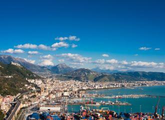 Biludlejning Salerno